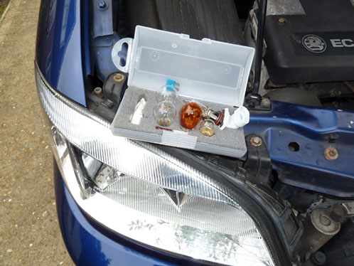 The bulbs on this Vauxhall Zafira are not too difficult to change, although access to the headlamp bulbs is a little restricted. However, on some cars you have to dismantle 'half the vehicle' in order to renew the headlamp bulbs. Just crazy, as our Grumpy Old Mechanic confirms