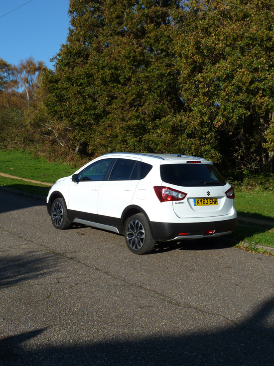 The crisp, distinctive lines of the S-Cross continue to the rear. Its 'unfussy' bodywork details help to make the car easy to clean when required.