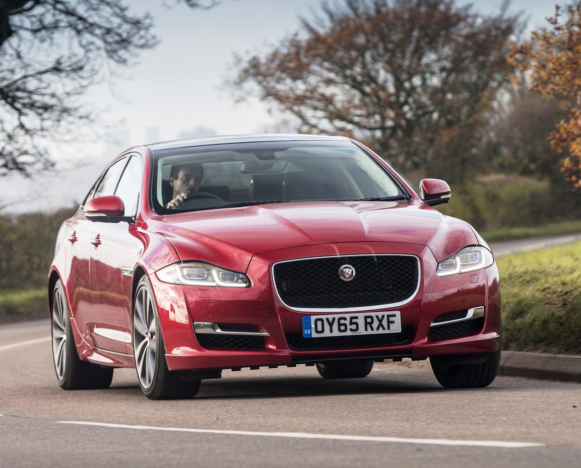 Jaguar XJ R-Sport in predicted best-selling 3.0 turbodiesel form.