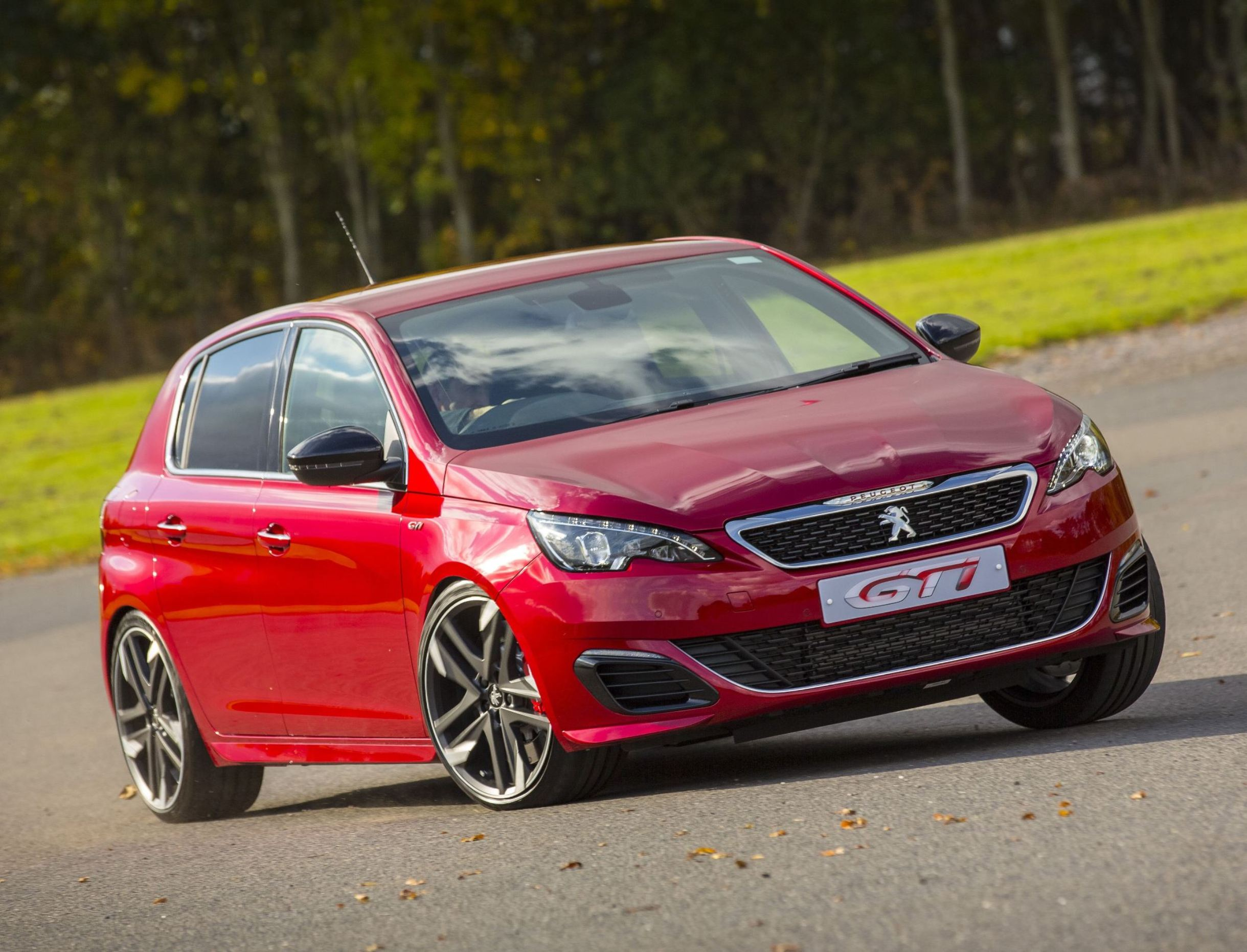 New Peugeot 308 GTi from Peugeot Sport – Road Test