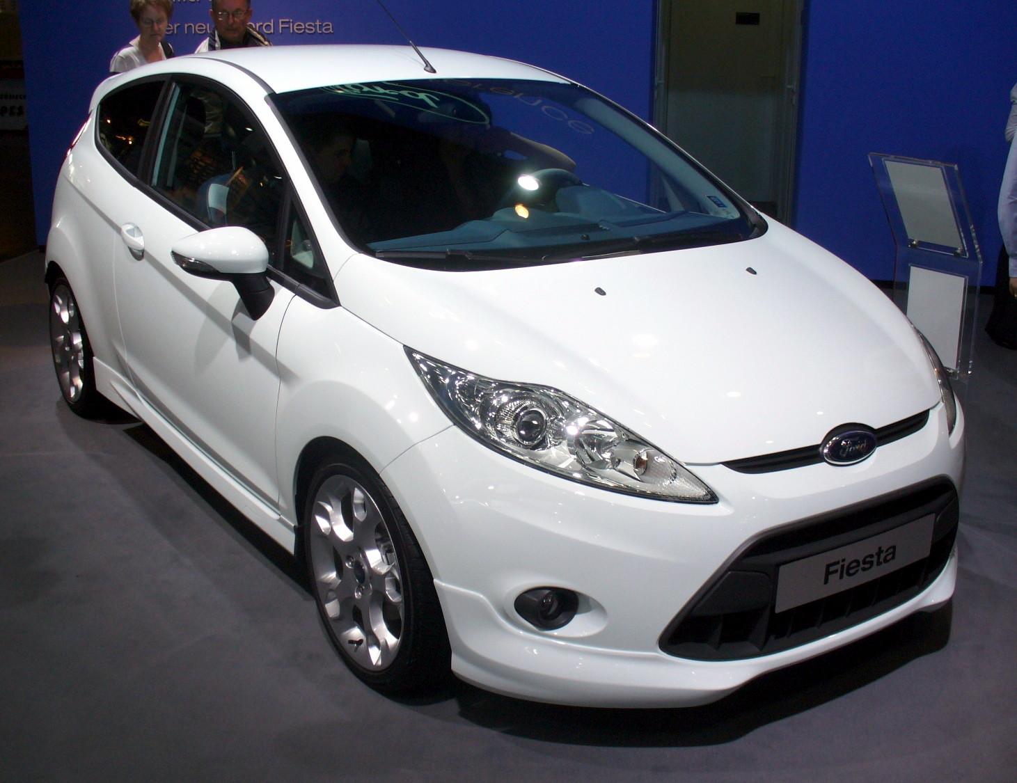 4 Ford_Fiesta_Sport