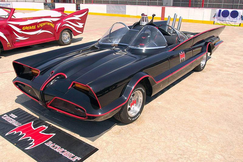 8 800px-1960s_Batmobile_(FMC)