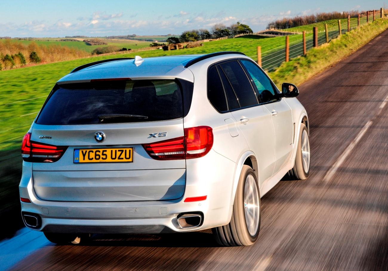 BMW X5 PHEV rear action