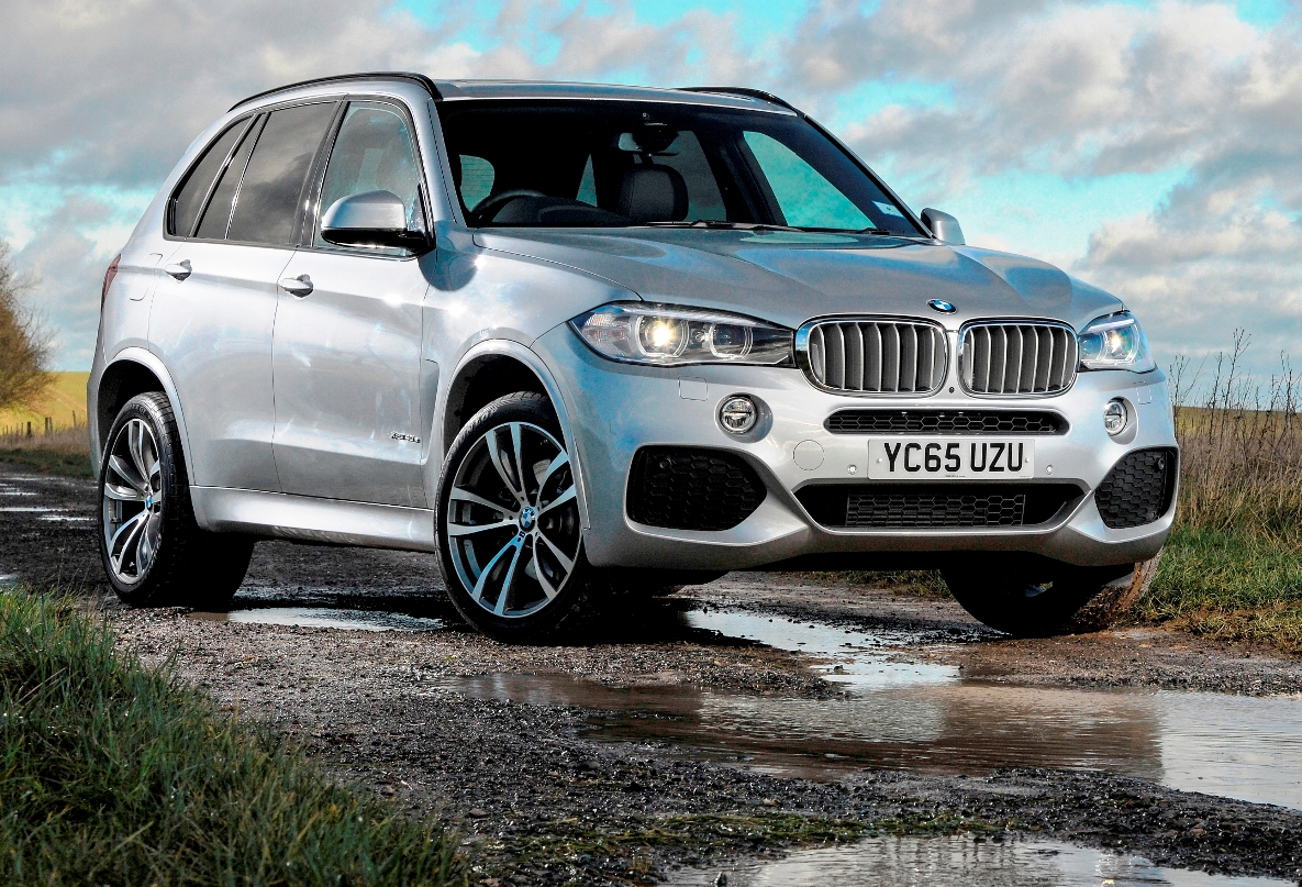 BMW X5 PHEV side front static