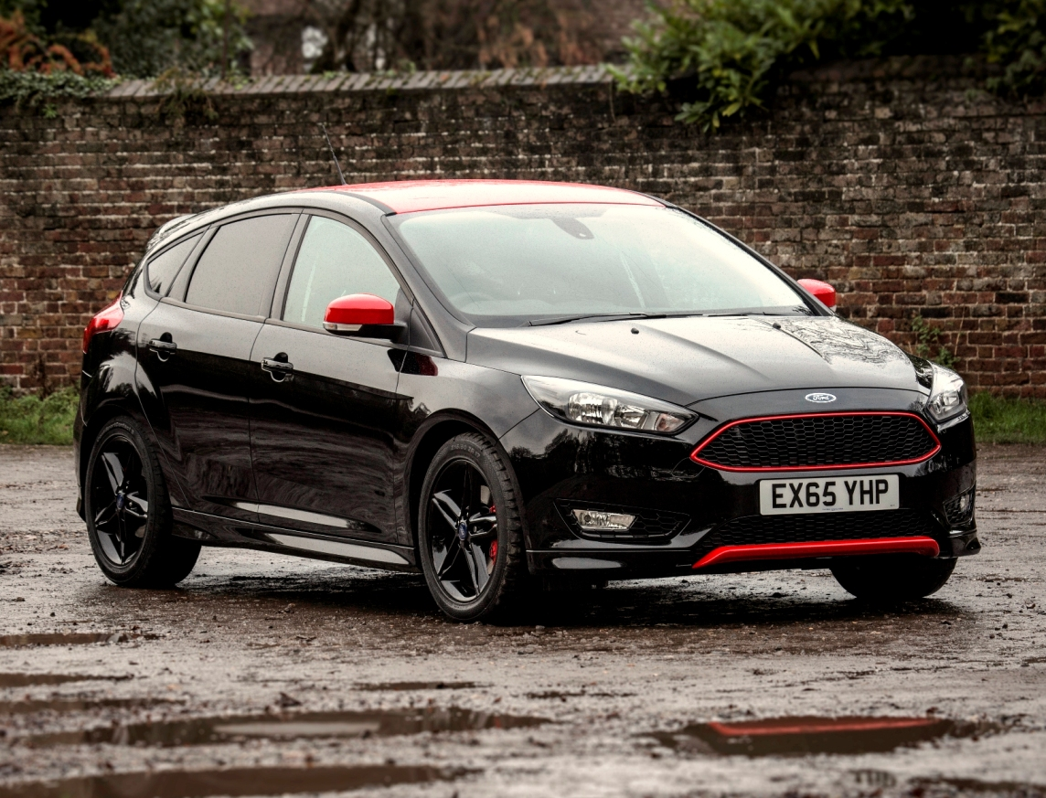 Focus Zetec S Red or Black Edition