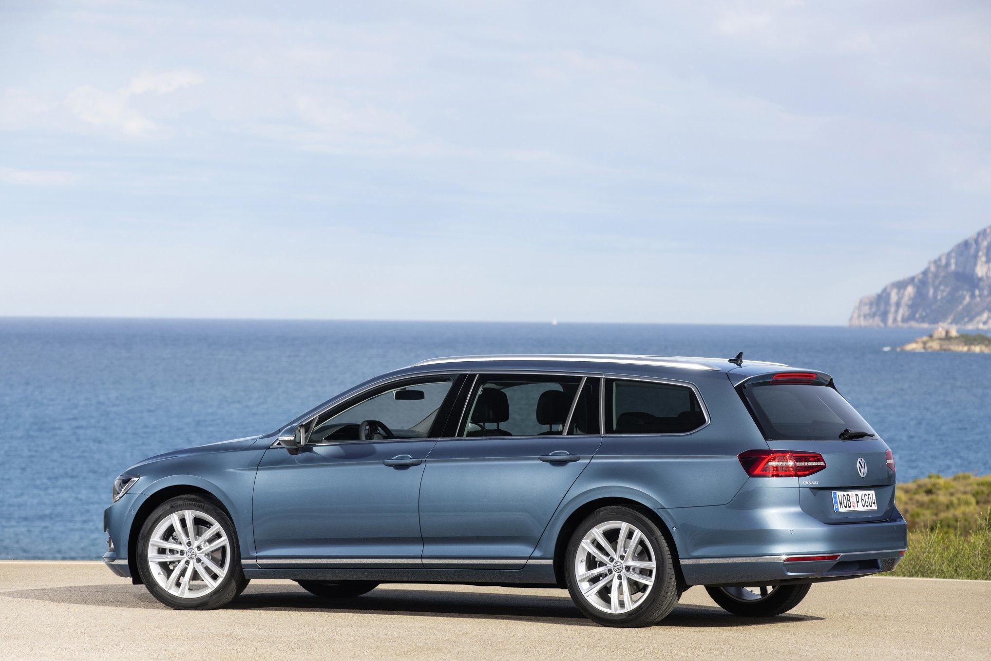 VW Pass Est 2015 side