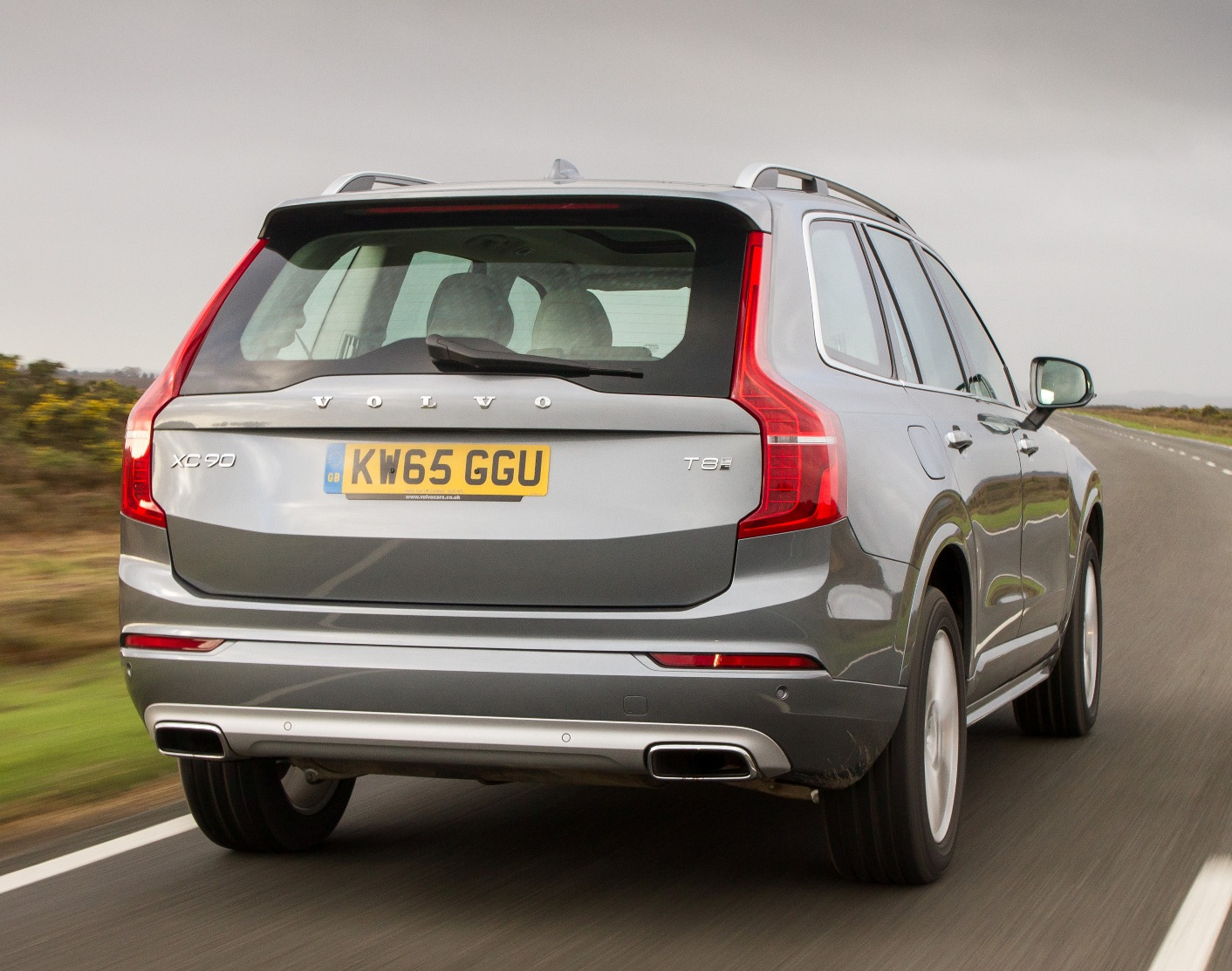 Volvo XC90 T8 rear action