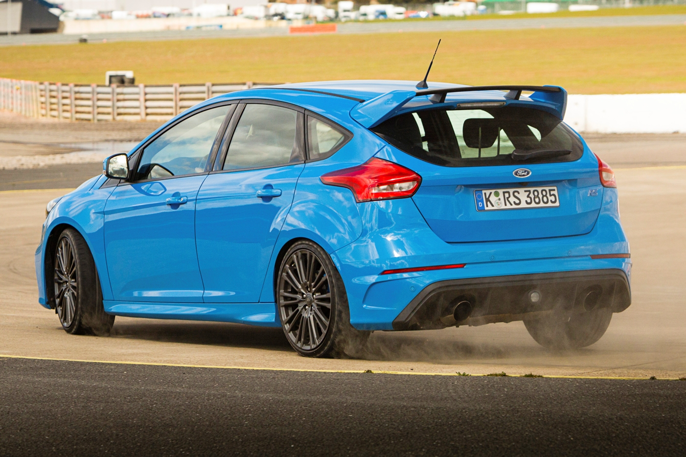 Ford Focus RS rear track action