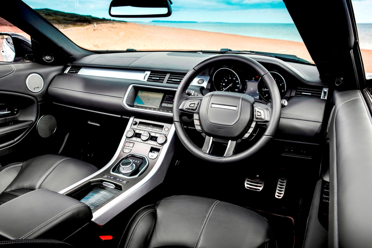 range rover evoque convertible launched priced at rs 69. Black Bedroom Furniture Sets. Home Design Ideas