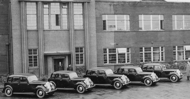 Rover P2 range (1947-1948), outside Solihull admin offices