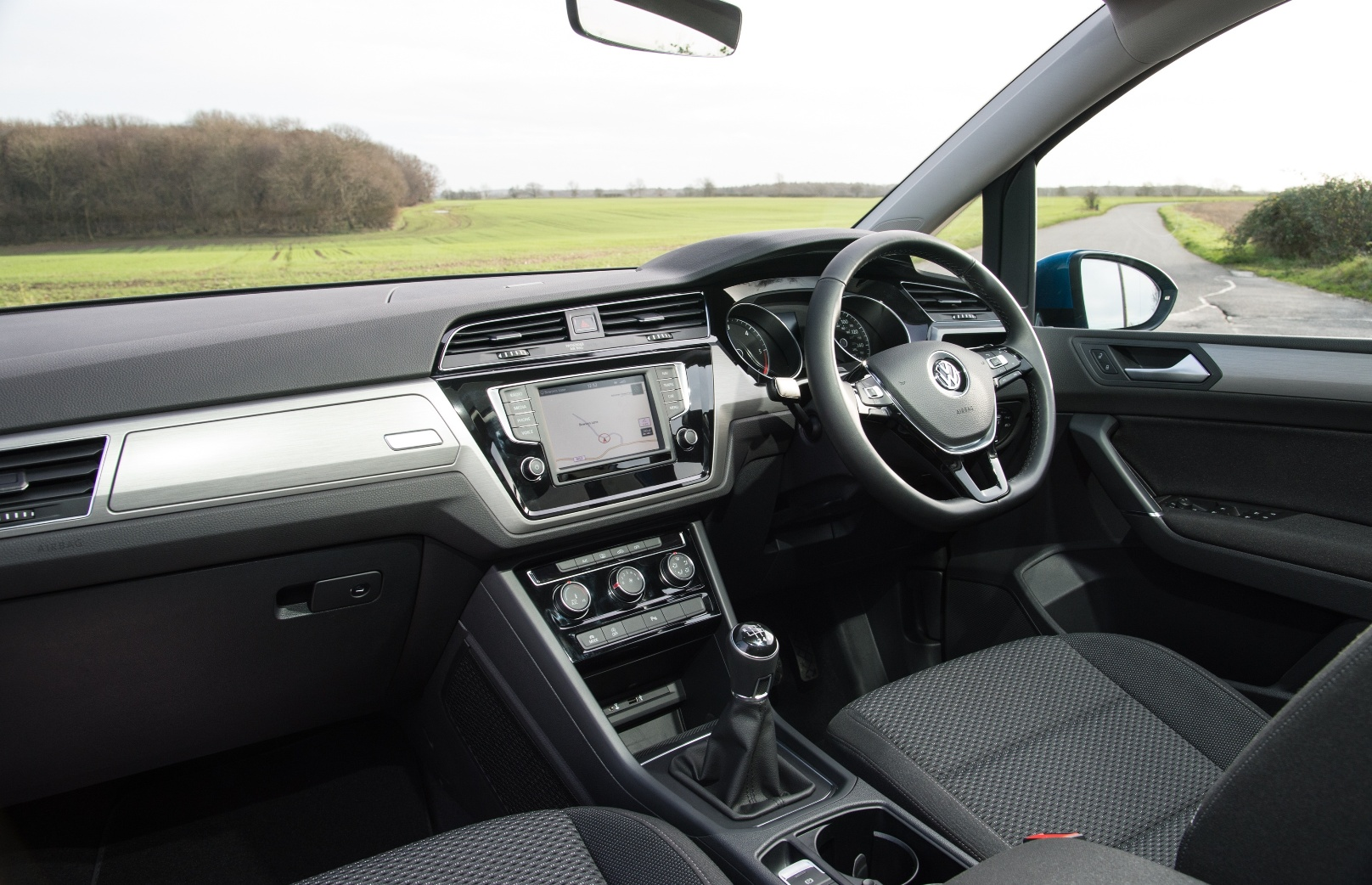 VW Touran front interior