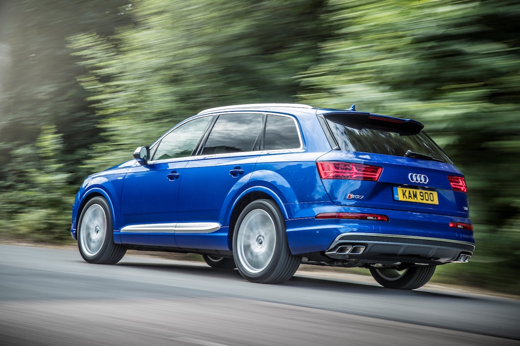 Audi SQ7, the SUV with a need for speed, side rear action copy