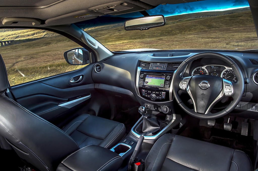 Nissan Navara Double Cab front interior 1 copy – Wheels Alive