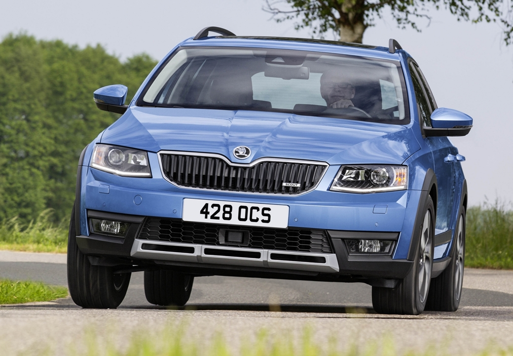 Skoda Octavia Scout 4x4 front action