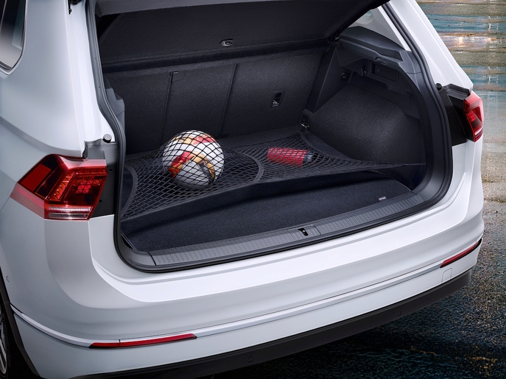 VW Tiguan SUV boot space copy