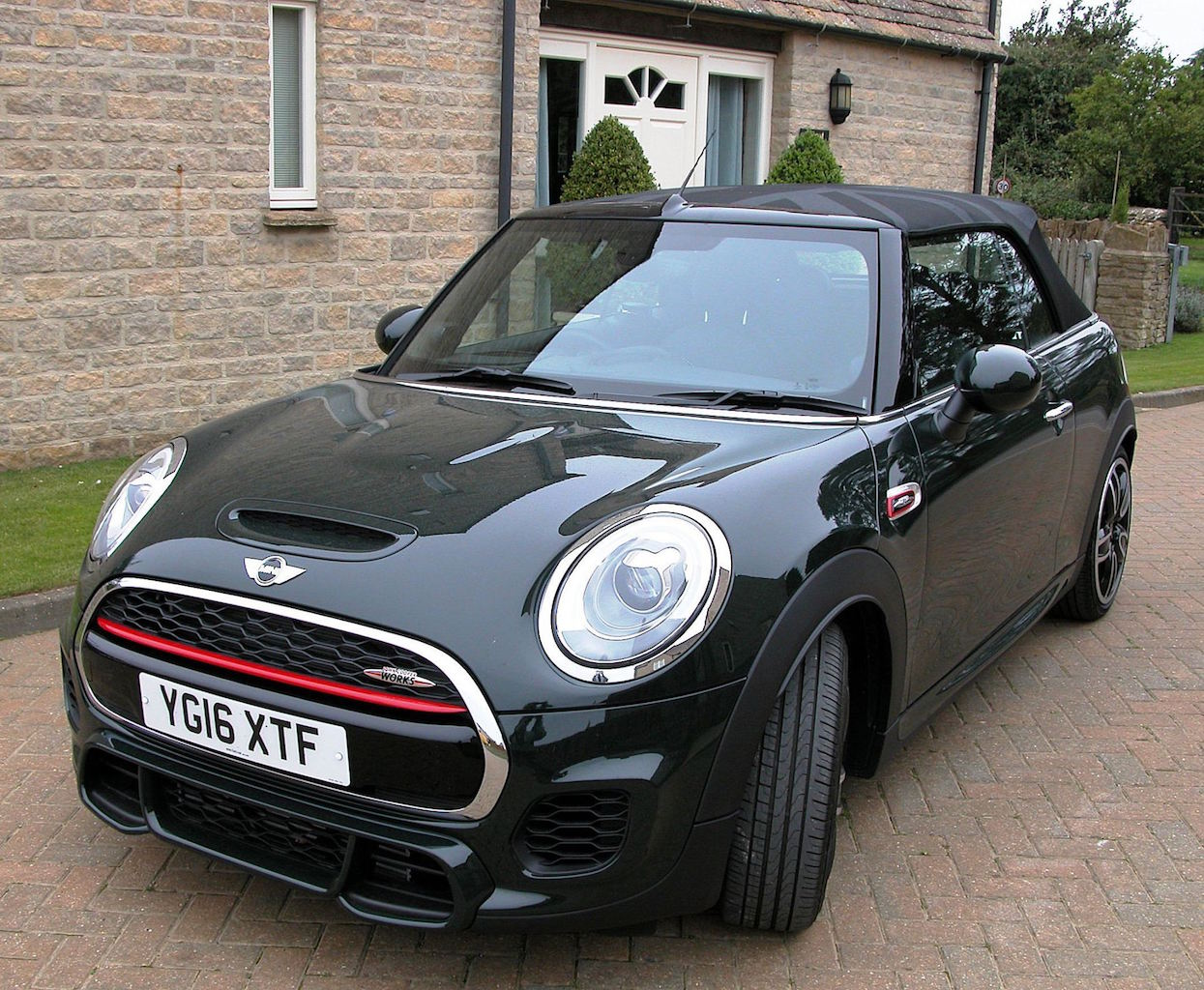 mini-convertible-jcw-front-side-roof-up-copy