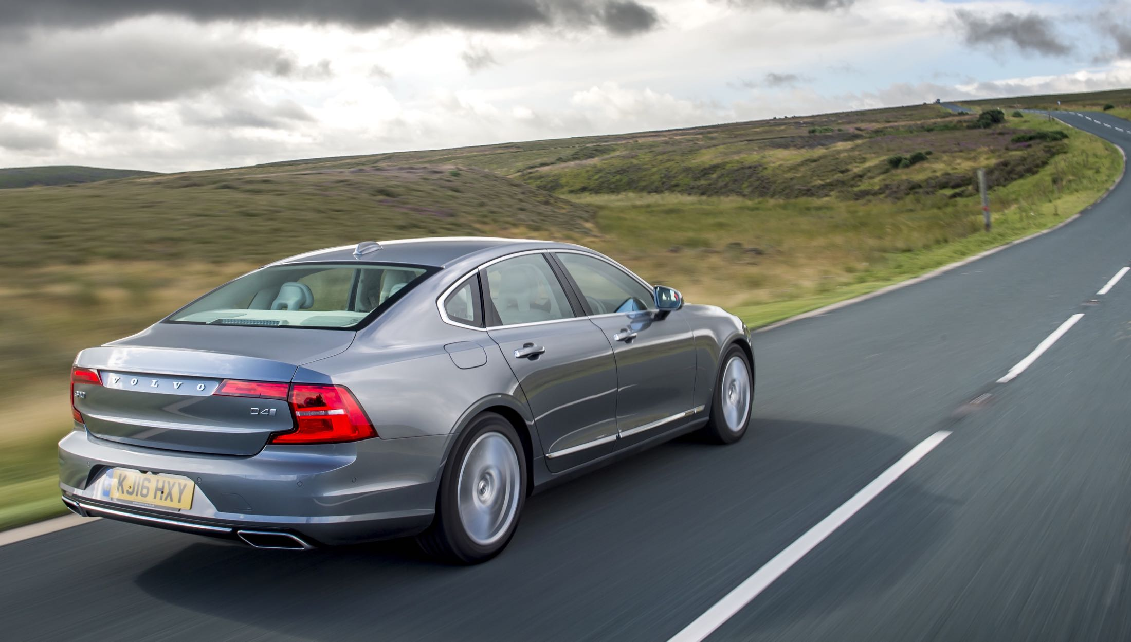 volvo-s90-d4-action-rear-copy