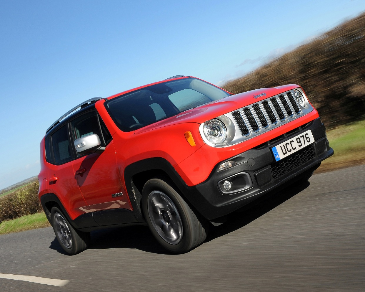 jeep-renegade-front-side-action