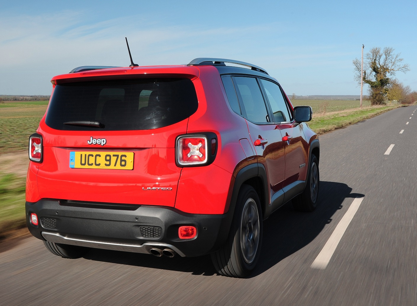 jeep-renegade-rear-action