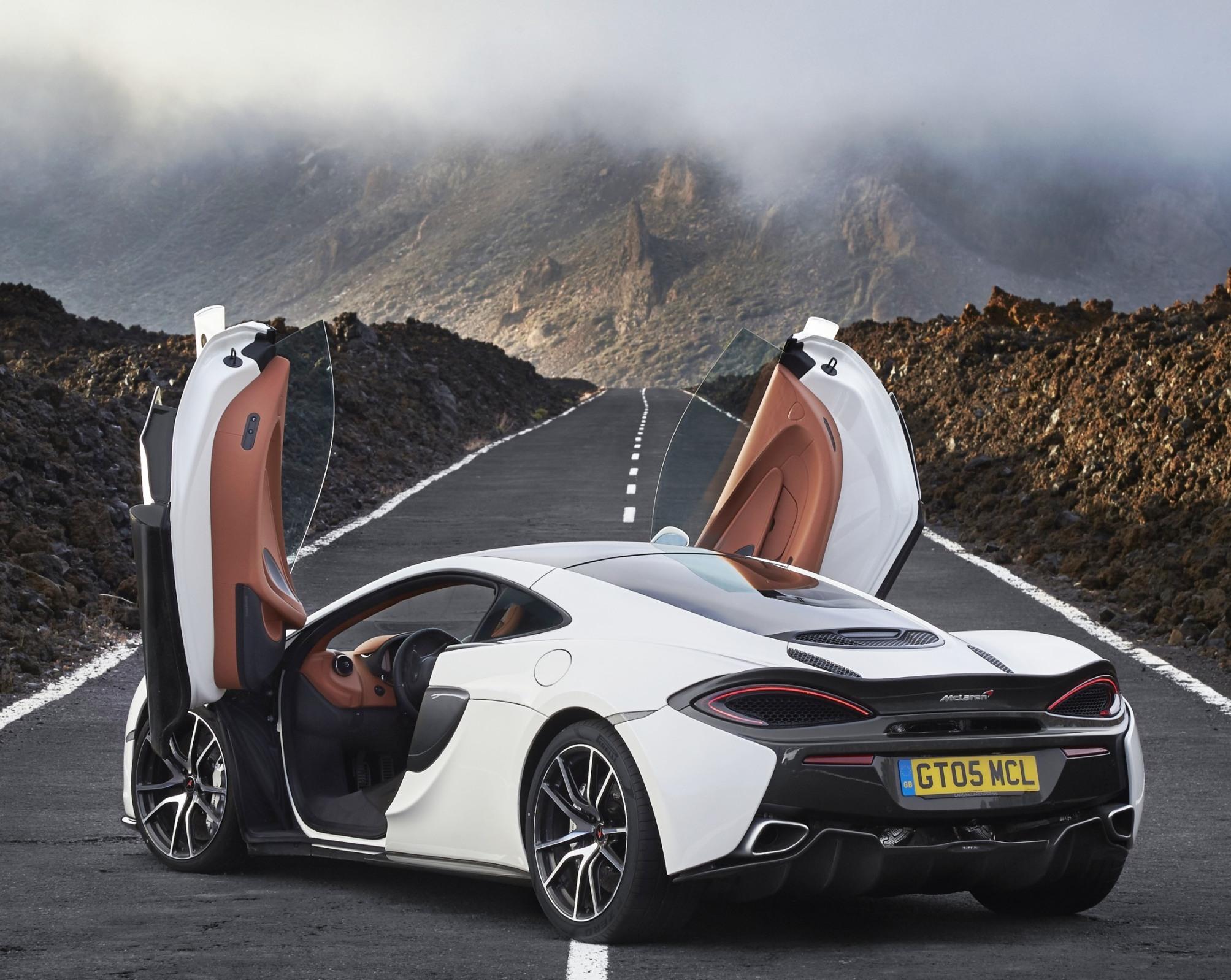 mclaren-570gt-side-rear-doors-up