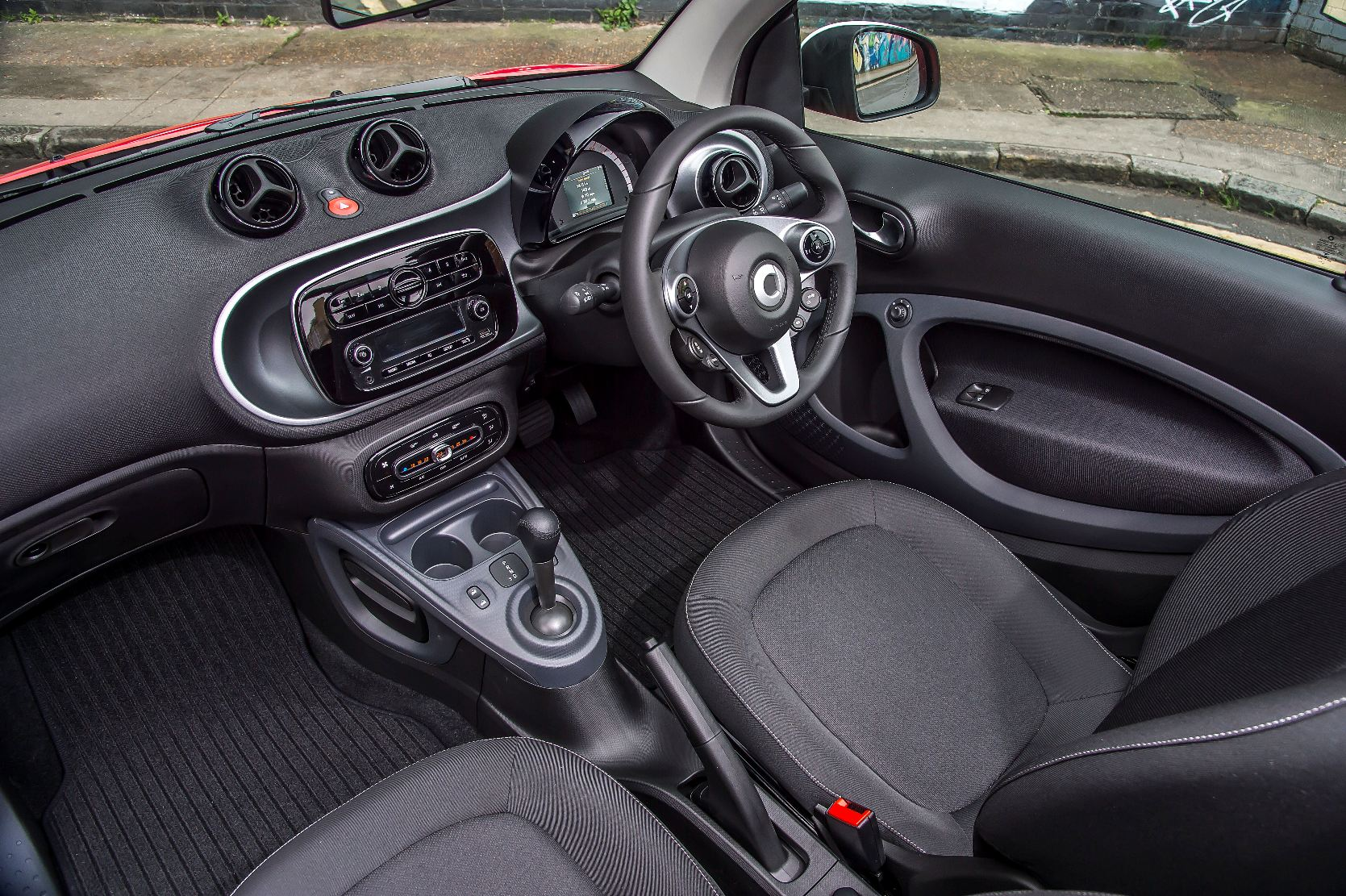 smart fortwo prime cabrio road test wheels alive. Black Bedroom Furniture Sets. Home Design Ideas