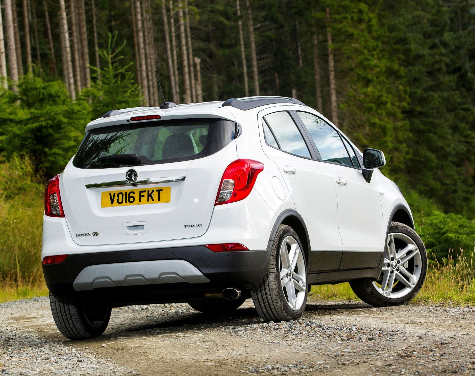 new vauxhall mokka x 1 4t auto 4wd road test wheels alive. Black Bedroom Furniture Sets. Home Design Ideas