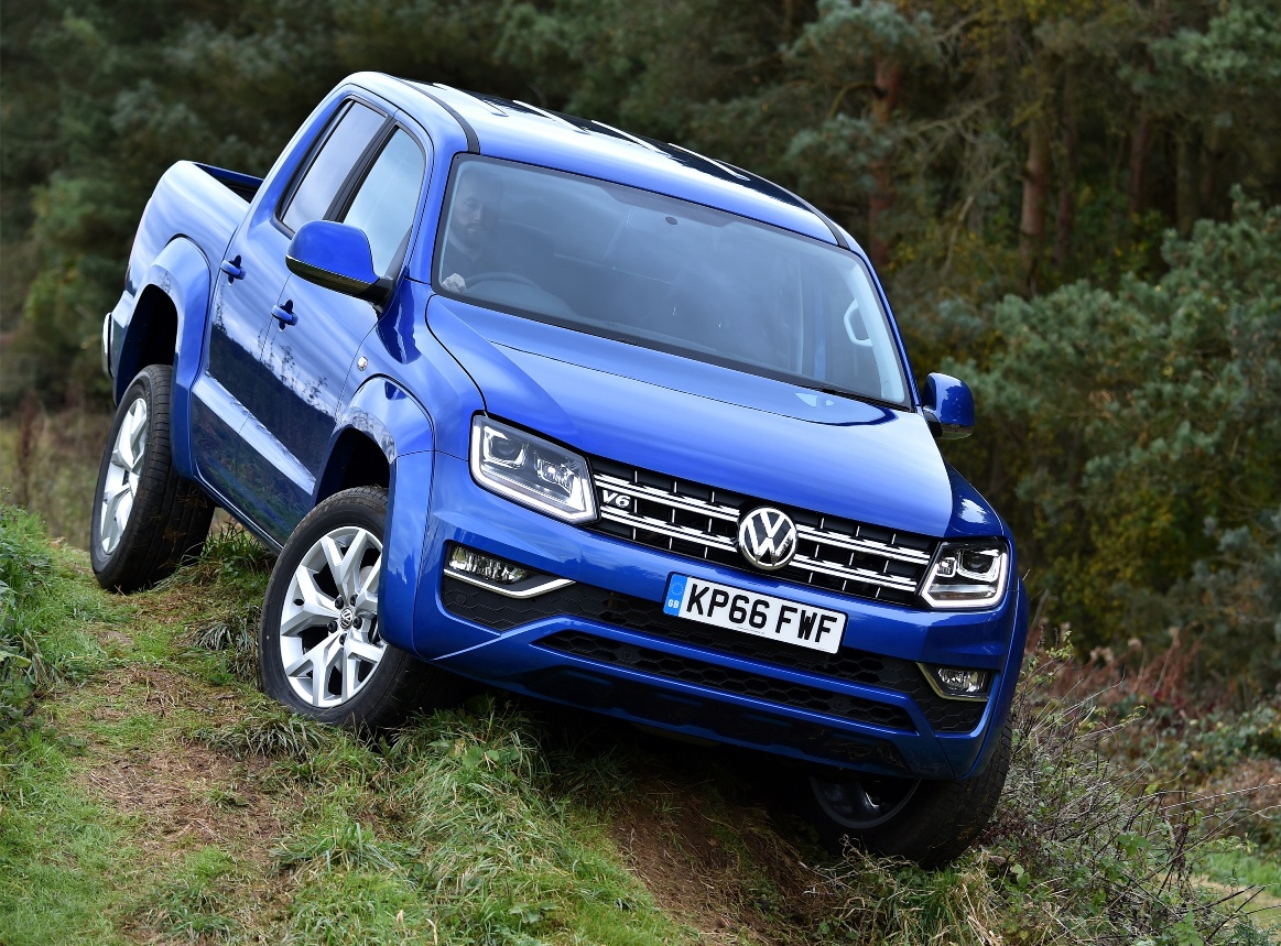 volkswagen amarok aventura 3 0 v6 double cab pick up road test wheels alive. Black Bedroom Furniture Sets. Home Design Ideas