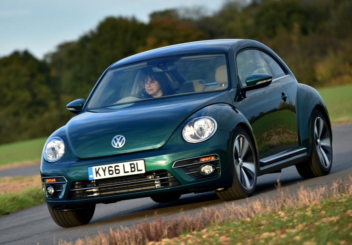latest volkswagen beetle road test wheels alive. Black Bedroom Furniture Sets. Home Design Ideas