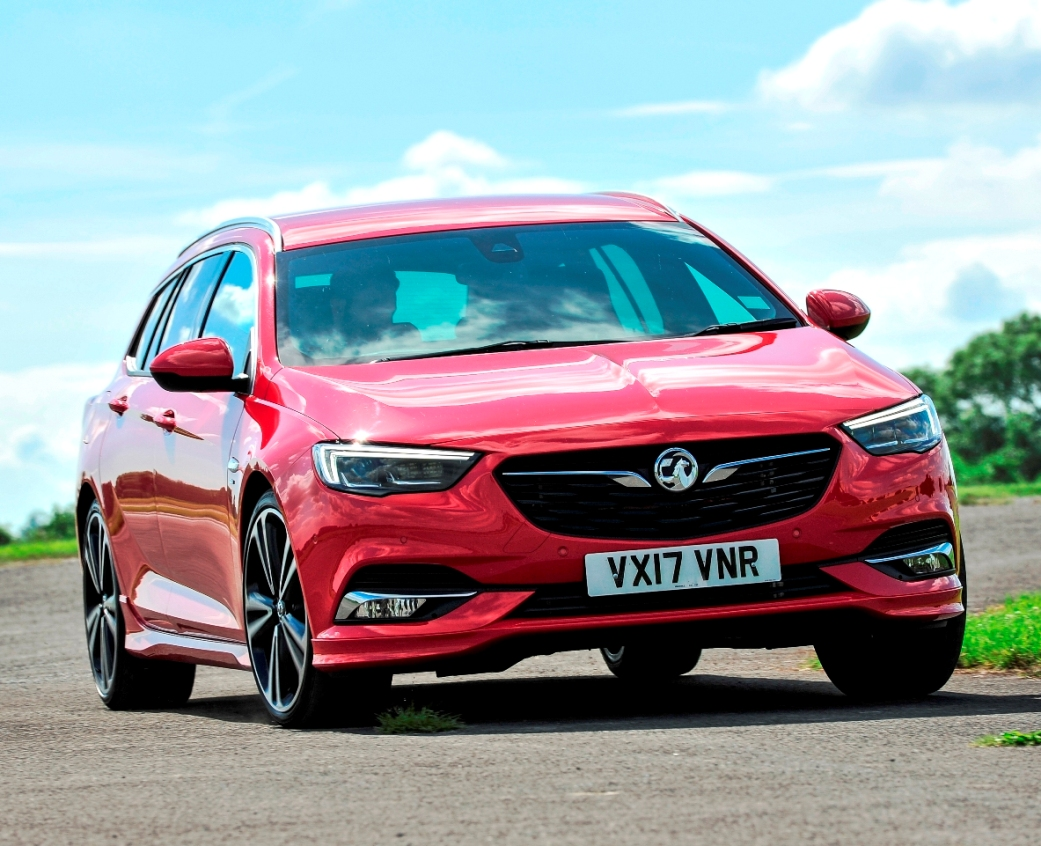 new vauxhall insignia sports tourer first impressions wheels alive. Black Bedroom Furniture Sets. Home Design Ideas