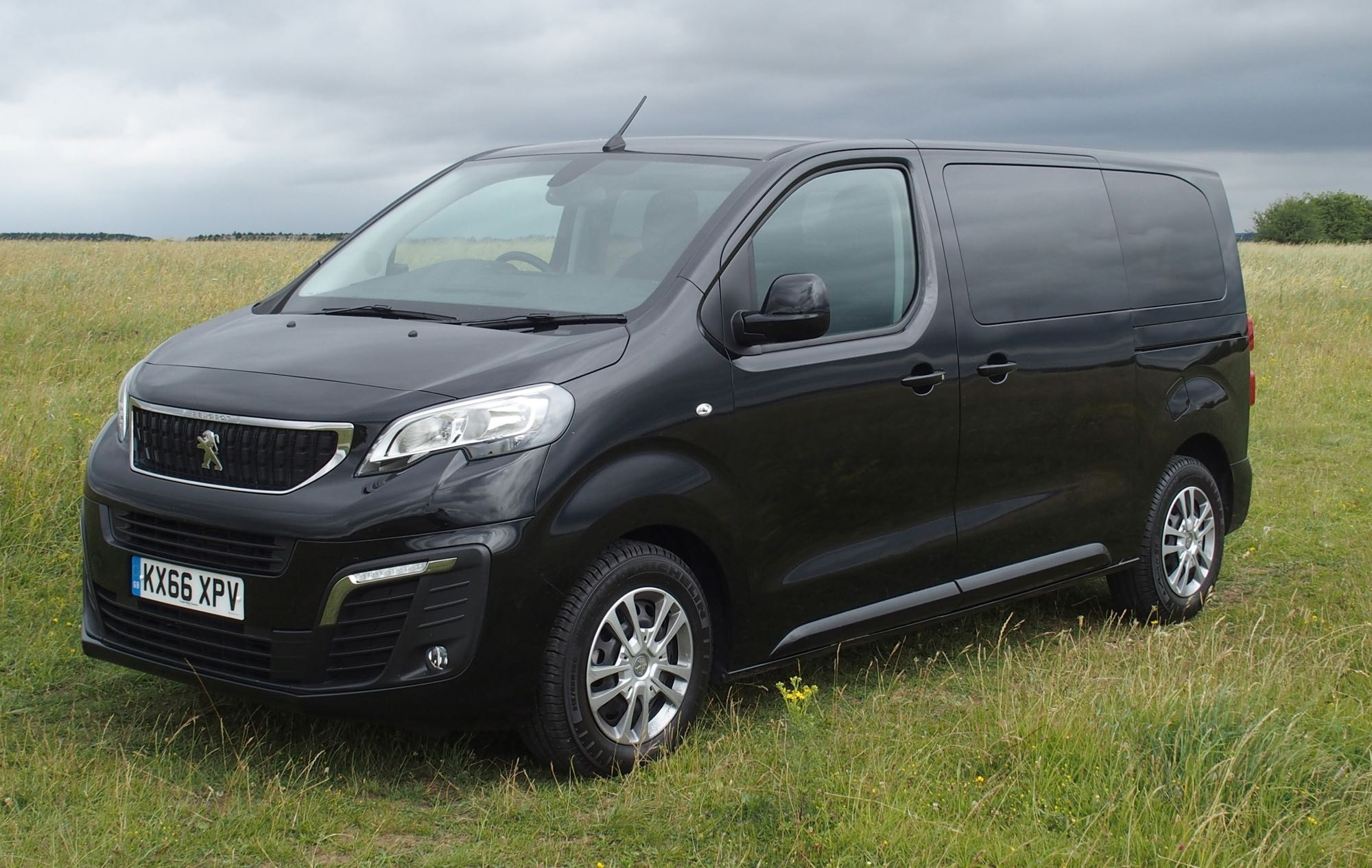 peugeot traveller mpv road test wheels alive. Black Bedroom Furniture Sets. Home Design Ideas