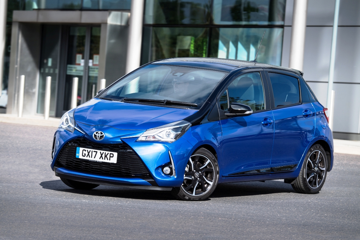 latest toyota yaris hybrid road test wheels alive. Black Bedroom Furniture Sets. Home Design Ideas